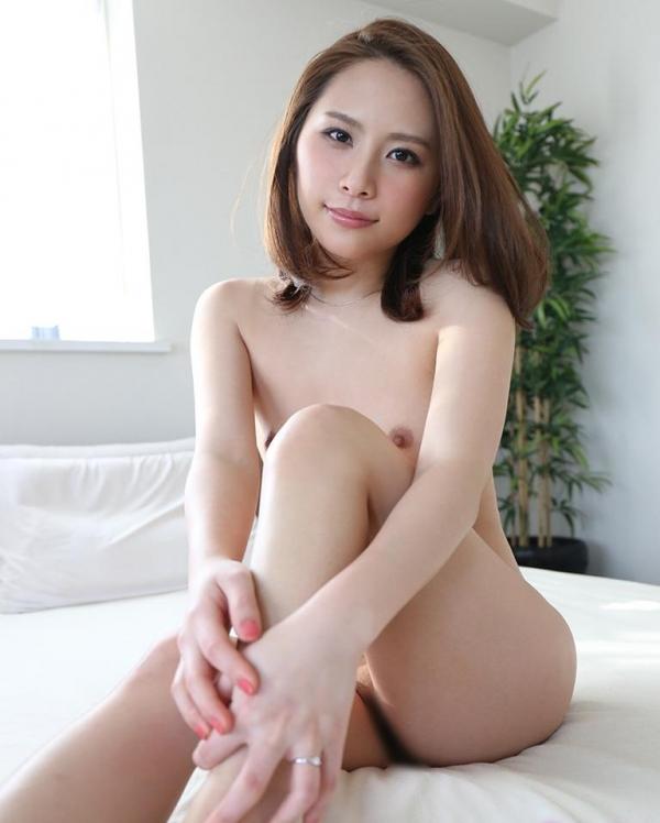熟女系AV女優 妖艶美女の全裸ヌード画像120枚の004枚目