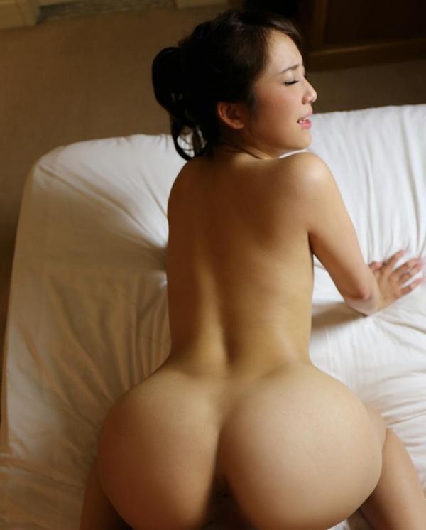 熟女系AV女優 妖艶美女の全裸ヌード画像120枚の048枚目