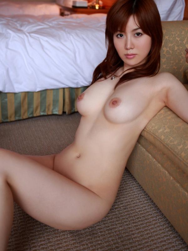 熟女のフルヌード画像 全裸の妖艶な美女120枚