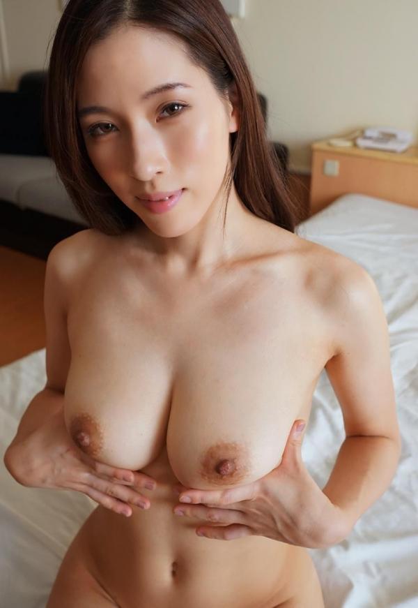 熟女系AV女優 妖艶美女の全裸ヌード画像120枚の070枚目