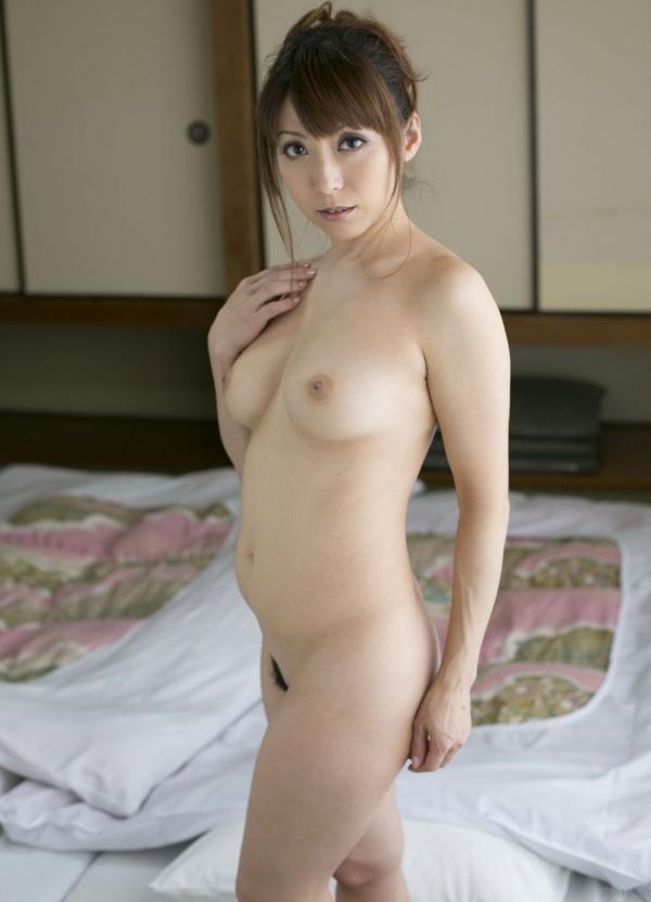 熟女系AV女優 妖艶美女の全裸ヌード画像120枚の107枚目
