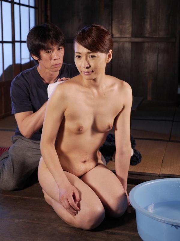 熟女ヌード画像 四十路のセックスアピール40枚の027枚目