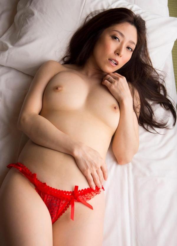 熟女ヌード画像 四十路のセックスアピール40枚の035枚目