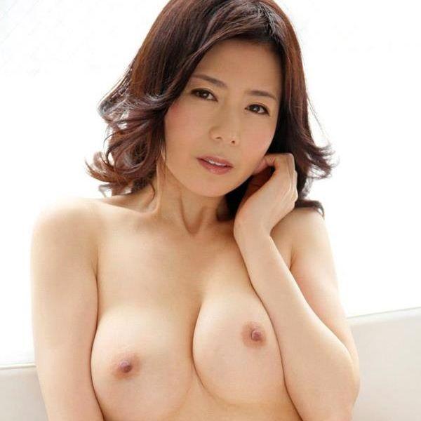 熟女ヌード画像 四十路のセックスアピール40枚の1