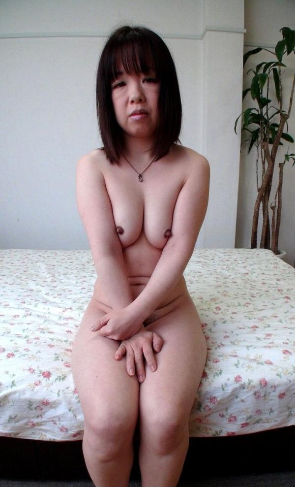 熟女のおっぱい画像 柔らかそうな完熟した乳房40枚の017枚目