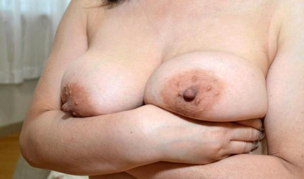 熟女のおっぱい画像 柔らかそうな完熟した乳房40枚の039枚目