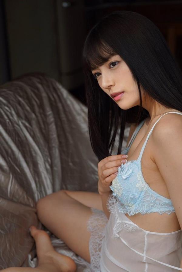 楓カレン(かえでかれん)妖艶さも持つピュア美少女エロ画像58枚のa02枚目