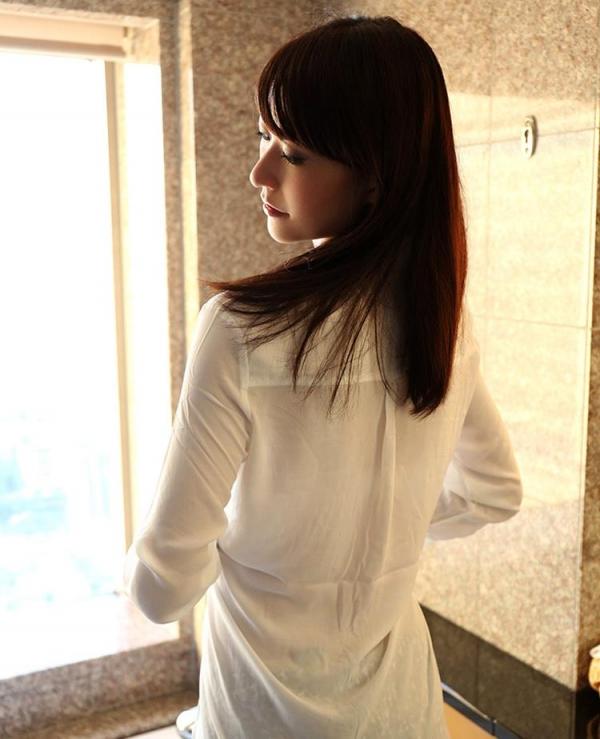 神波多一花 スレンダー美女セックス画像100枚の055枚目