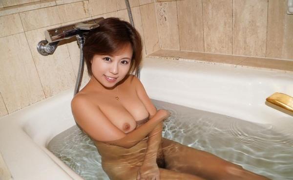 神谷充希 カワイイ顔してデカ尻な女の子エロ画像78枚のb20枚目