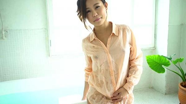 神谷充希 カワイイ顔してデカ尻な女の子エロ画像78枚のd06枚目