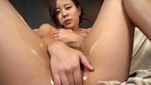 神谷充希 カワイイ顔してデカ尻な女の子エロ画像78枚のd19枚目