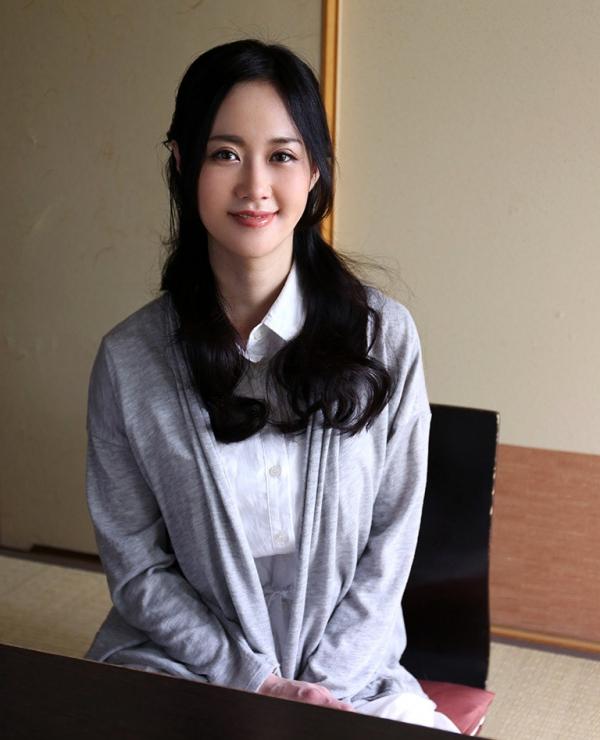 菅野さゆき(宮野優)超絶くびれJカップ美女エロ画像66枚のa04枚目