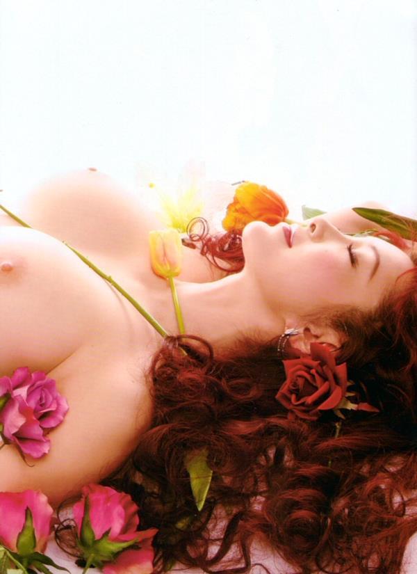 進化し続ける叶姉妹 100cm 爆乳の叶美香ヌード画像50枚のb021枚目
