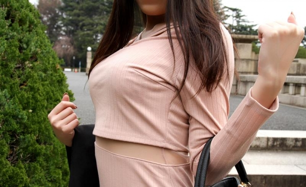 川口ともか スレンダー巨乳美女セックス画像90枚の011枚目