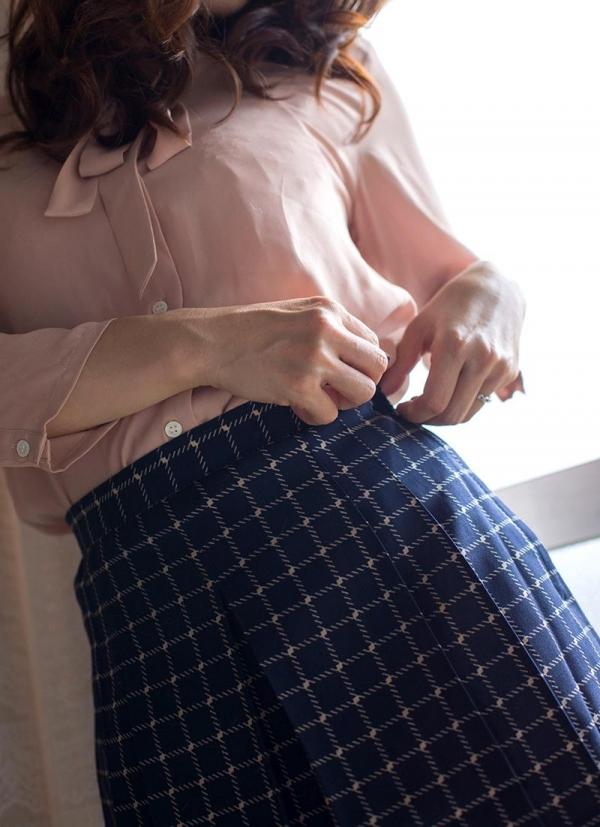 ロリ熟女と呼ばれる三十路美女 川上ゆう エロ画像70枚の008枚目