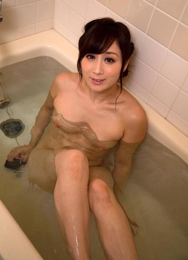 美熟女入浴中 妖艶全裸 川上ゆうヌード画像70枚の027枚目