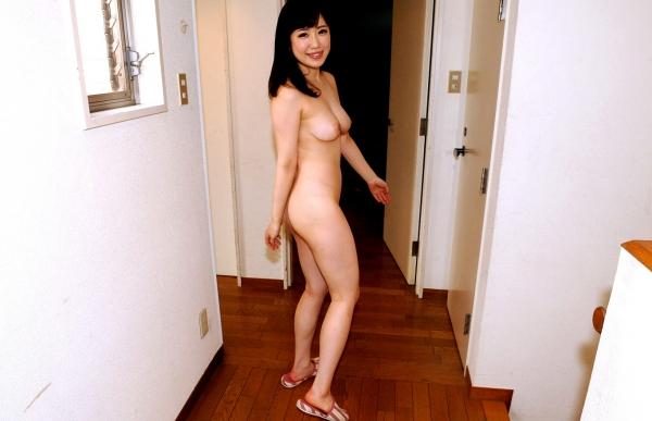 巨乳でむっちり癒し系河北はるなセックス画像80枚の038枚目