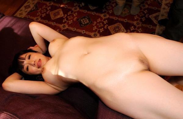 巨乳でむっちり癒し系河北はるなセックス画像80枚の069枚目