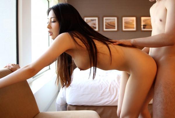 川村麻衣子 寝取られた黒髪ロングで色白な清楚妻エロ画像62枚の1