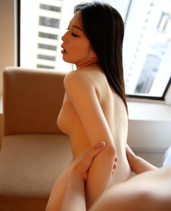 川村麻衣子 寝取られた黒髪ロングで色白な清楚妻エロ画像62枚のa33枚目