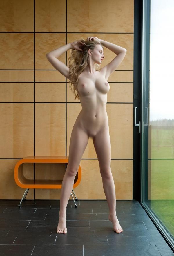 色白金髪娘 海外パイパン美女ヌード画像90枚の2