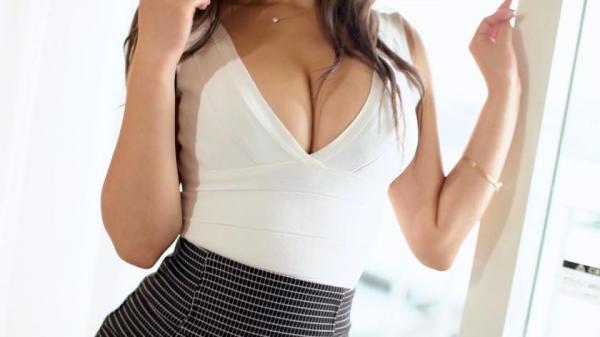 桐嶋りの 華奢で美巨乳の美女セックス画像110枚のc003番