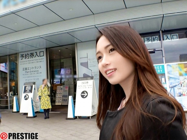 霧島レオナ(石田カレン)超美しい色白ハーフ美女エロ画像130枚のb003枚目