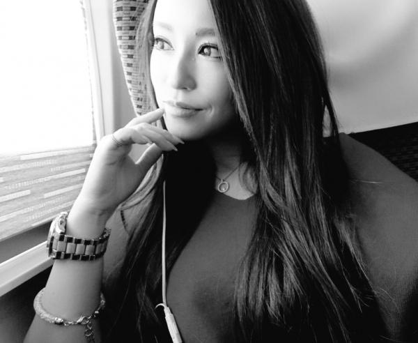 桐嶋りの スレンダー美巨乳の美女エロ画像 b010