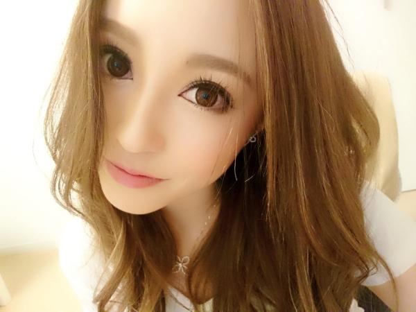 桐嶋りの スレンダー美巨乳の美女エロ画像 b046