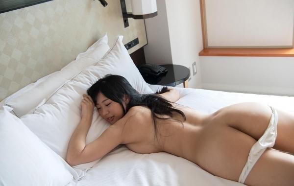 桐谷まつり 巨乳の秋田美人ヌード画像143枚のa013番