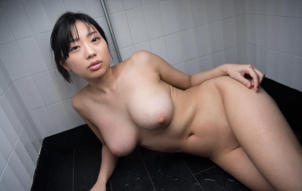 桐谷まつり 巨乳の秋田美人ヌード画像143枚のa021番