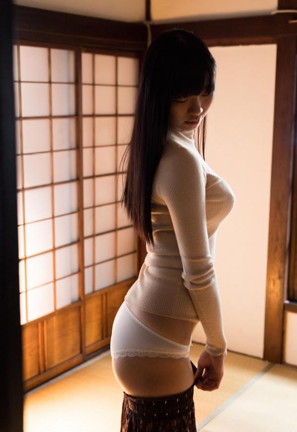 桐谷まつり 巨乳の秋田美人ヌード画像143枚のb025番