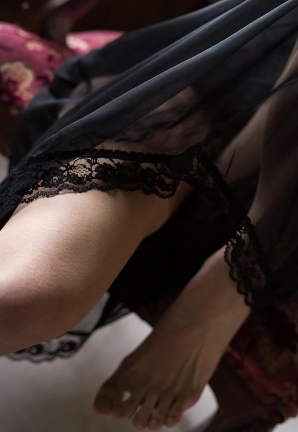 桐谷まつり 巨乳の秋田美人ヌード画像143枚のb048番