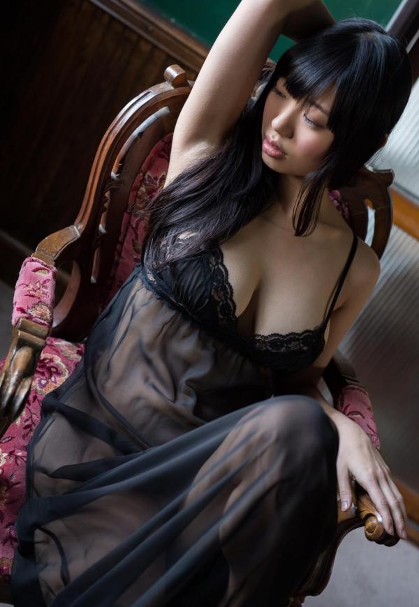 桐谷まつり 巨乳の秋田美人ヌード画像143枚のb049番