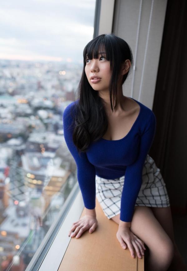 桐谷まつり 巨乳の秋田美人ヌード画像143枚のb076番