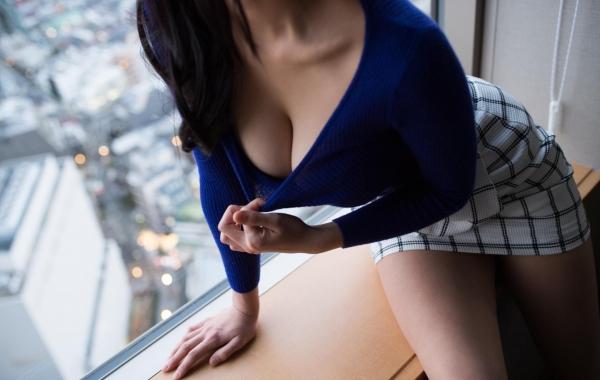 桐谷まつり 巨乳の秋田美人ヌード画像143枚のb077番