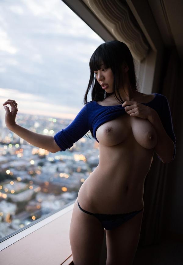 桐谷まつり 巨乳の秋田美人ヌード画像143枚のb080番