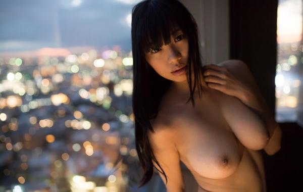 桐谷まつり 巨乳の秋田美人ヌード画像143枚のb083番