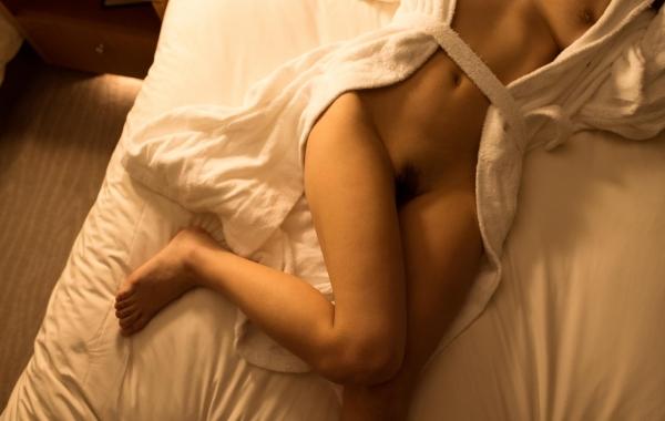 桐谷まつり 巨乳の秋田美人ヌード画像143枚のb090番
