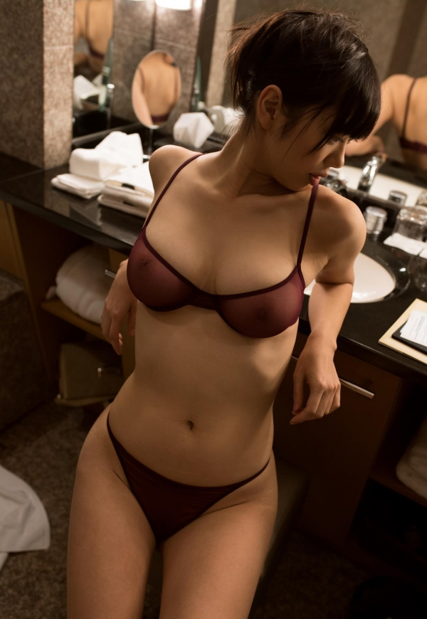 桐谷まつり 巨乳の秋田美人ヌード画像143枚のb110番