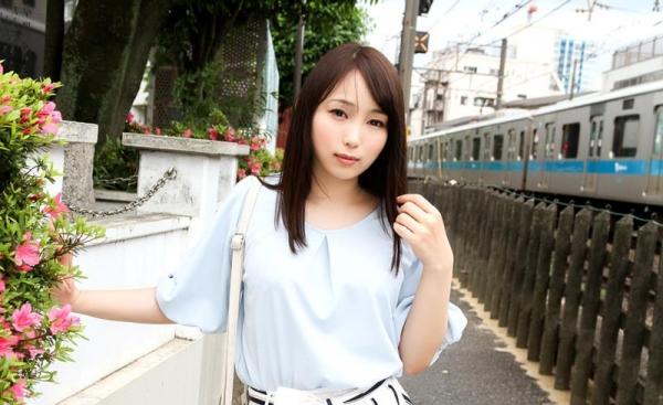 桐谷なお 淫乱な美人女教師のハメ撮り画像90枚の002枚目
