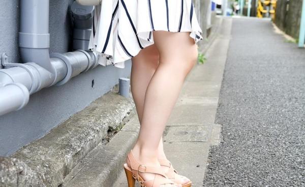 桐谷なお 淫乱な美人女教師のハメ撮り画像90枚の005枚目