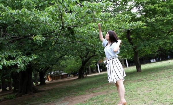桐谷なお 淫乱な美人女教師のハメ撮り画像90枚の009枚目