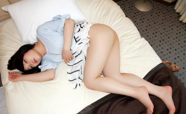 桐谷なお 淫乱な美人女教師のハメ撮り画像90枚の026枚目