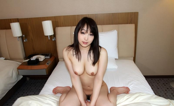 桐谷なお 淫乱な美人女教師のハメ撮り画像90枚の051枚目