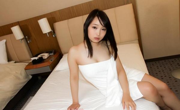 桐谷なお 淫乱な美人女教師のハメ撮り画像90枚の065枚目