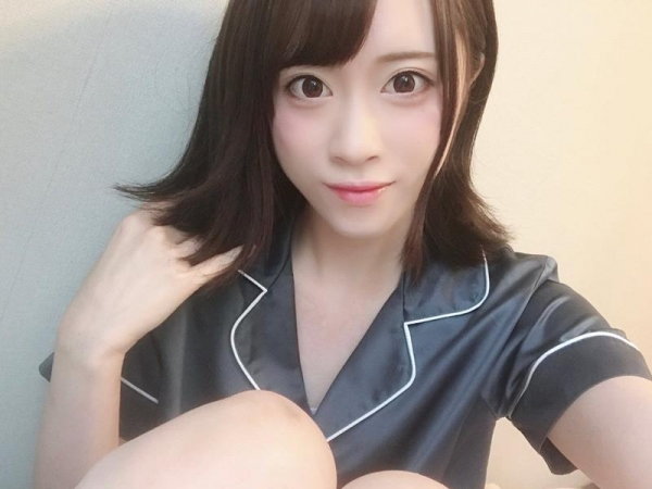 桐山結羽(きりやまゆうは) 細身の美女エロ画像70枚のb004枚目