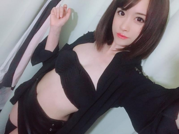 桐山結羽(きりやまゆうは) 細身の美女エロ画像70枚のb006枚目