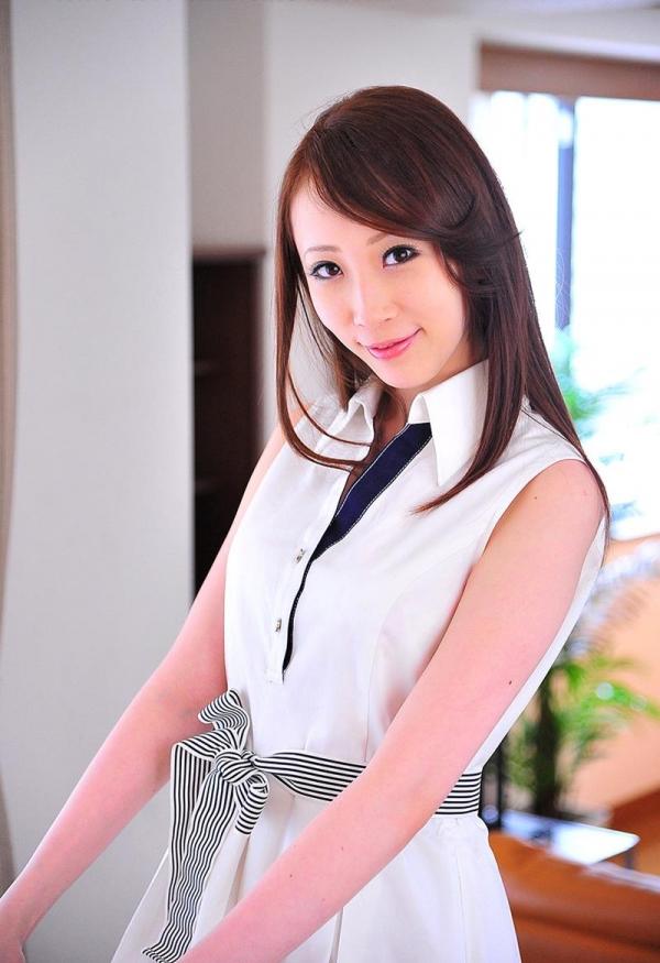 希咲あや 淫乱なスレンダー巨乳美女エロ画像70枚の024枚目