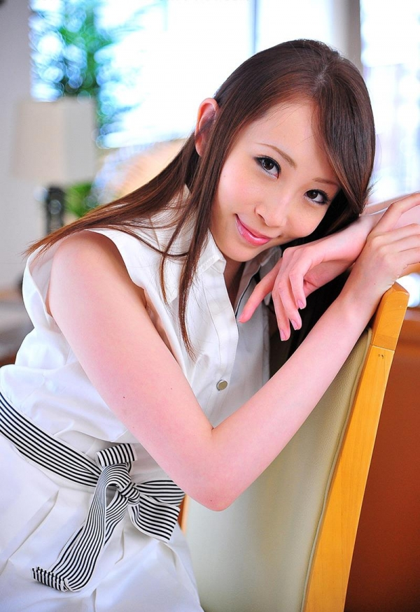 希咲あや 淫乱なスレンダー巨乳美女エロ画像70枚の025枚目
